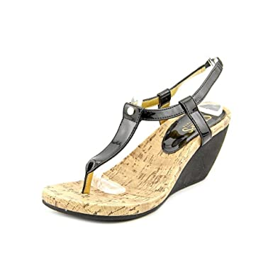 c75d8c36fa06 Chaps Women s Raevyn Thong Wedge Sandals 6 Black  Amazon.co.uk  Shoes   Bags