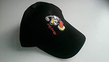 Mickey Mouse Kids Golf Cap Black  Amazon.co.uk  Sports   Outdoors 77101873fe1