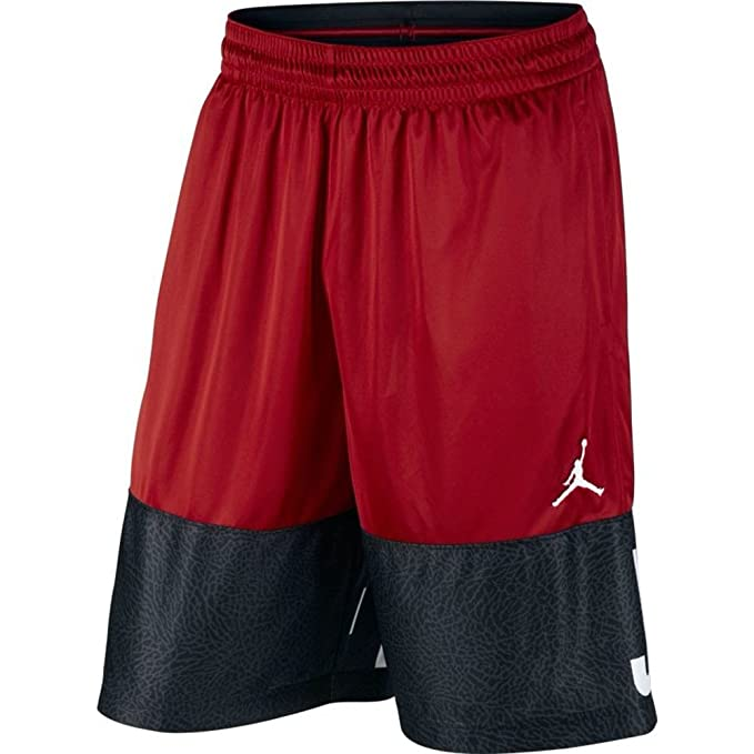 61f4a9959849d3 NIKE Air Jordan Big Kids Classic Blockout Graphic Basketball Shorts (M)
