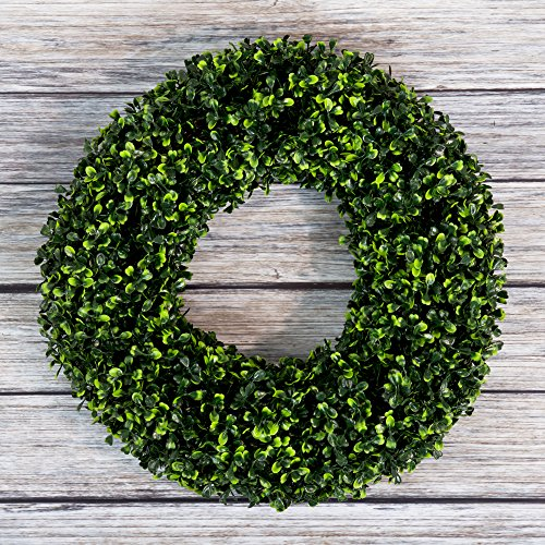 Holiday Wreath - Pure Garden Boxwood Wreath, Artificial Wreath for The Front Door, Home Décor, UV Resistant – 16.5 Inches