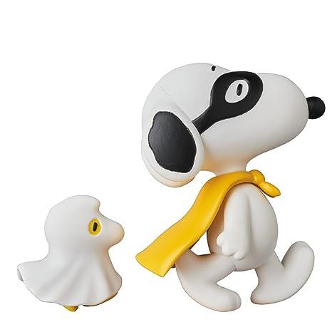 c29a96e72d Amazon.com  Medicom Peanuts  Halloween Snoopy with Woodstock Ultra Detail  Figure  Toys   Games