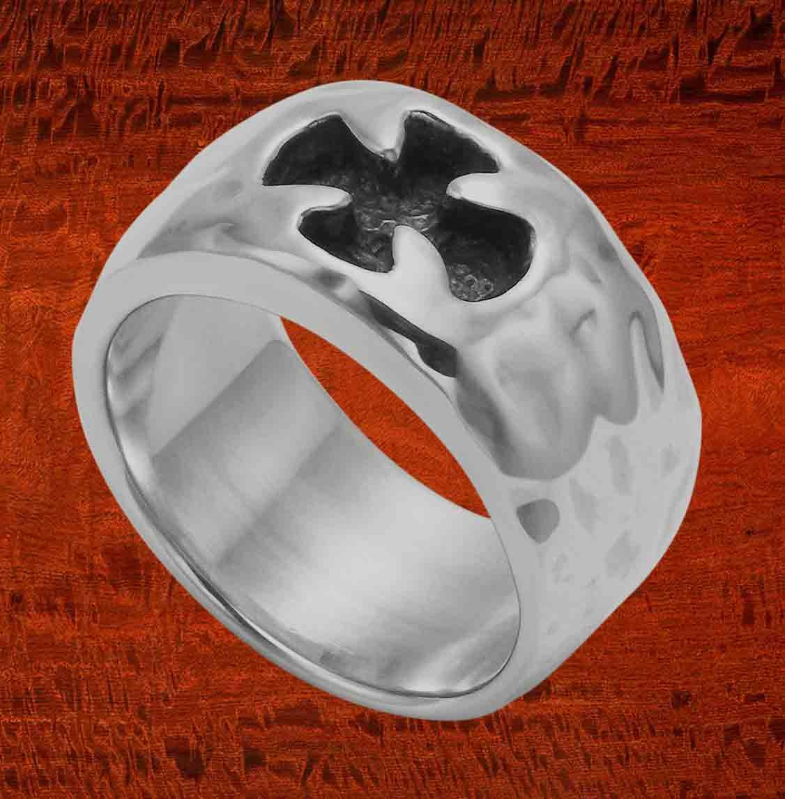 Hammered Sterling Silver Maltese Cross Band Ring (10)