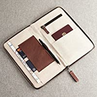 Cubierta para pasaporte en cuero, ideal para viajar con lo esencial. Te mantiene organizado, tiene un bolsillo de dinero secreto, tarjetas y bolsillo de monedas.