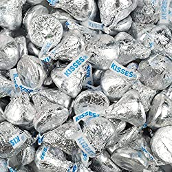 WH Candy Silver Hershey's Kisses 3lb (Free Cold Packaging) - Milk Chocolate
