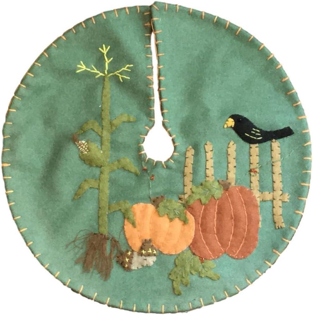 Handmade 24 Felt Applique Autumn Pumpkin Corn Tree Skirt Small Tabletop Size