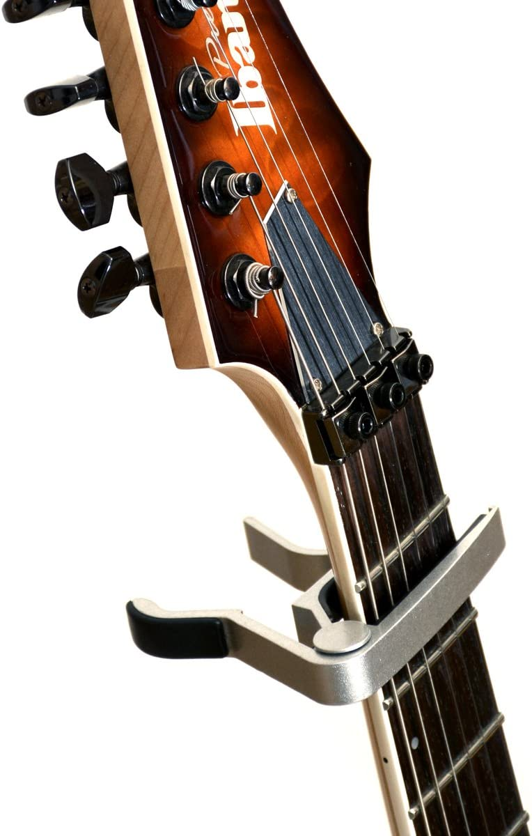 handy Pouch and Great Looking Finish! Stylish Quick-release Trigger Action Capo for Electric and Acoustic Guitars High Quality and Durable Capo Elagon ABS Silver Guitar Capo in Black Pouch