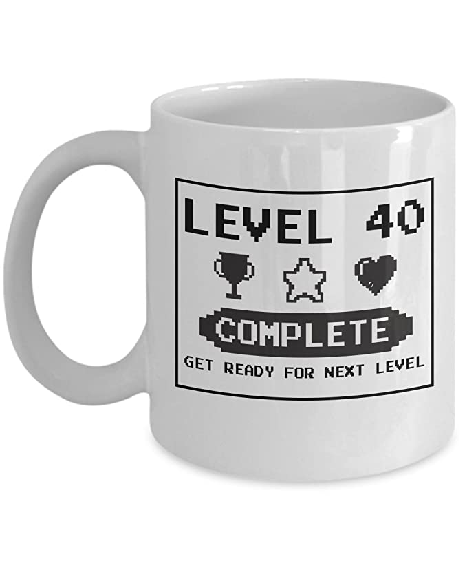 Amazon.com: Happy 40th Cumpleaños taza Gaming Geek 1977 ...