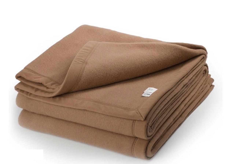 Superfine Woven Alpaca Wool Bed Blanket Queen Size 100% Natural Fiber, (Camel) DONGJIE