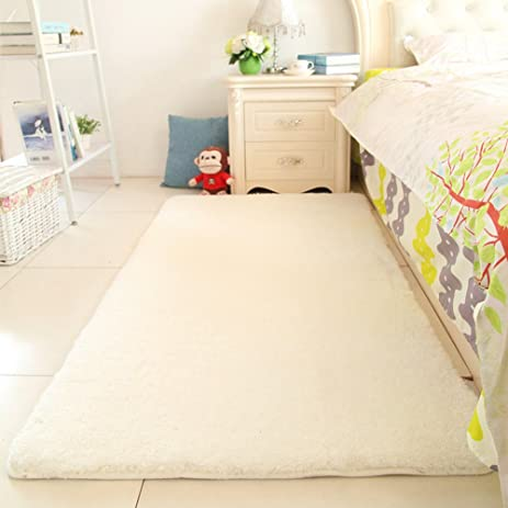 Super Soft Sherpa Bedside Rug Runners Fluffy Bedroom Rug 31 By 79  Inch MAXYOYO Solid