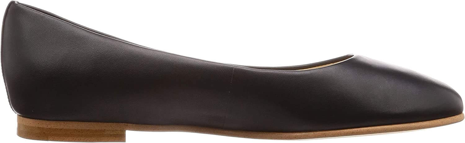 Clarks Grace Piper Leather Shoes in Black Black