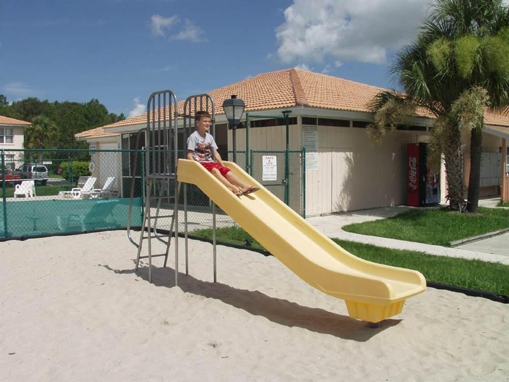 Super Slide (5 ft.) by SportsPlay
