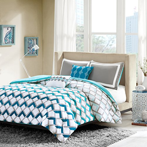Intelligent Design Finn Comforter Set Twin/Twin XL Bedding Sets - Blue, Geometric – 4 Piece Teen Bed Set – Peach Skin Fabric Bed Comforter Black Friday & Cyber Monday 2018