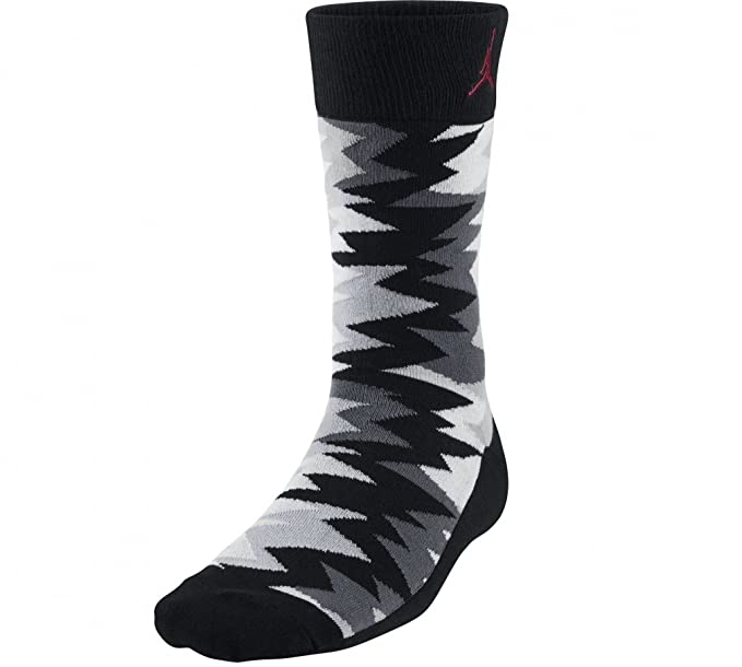 5cdc2fd849a3a Amazon.com: Nike Jordan Retro 7 Sneaker Crew Socks: Sports & Outdoors