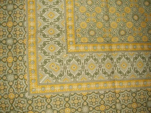 """Moroccan Foulard Tapestry Cotton Bedspread 108"""" x 88"""" Full-Queen Yellow"""