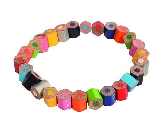 Shared Earth Pulsera de la Tierra Compartida, Piezas de lápices de Colores reciclados, Hecha a Mano y Comercio Justo, elástica