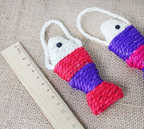 Pet Traction Rope Collar Set Fish Shaped Training Scratch Board Interactive Sisal Cat Toy for Pet Kitten Kitten Grinding Claw Toy