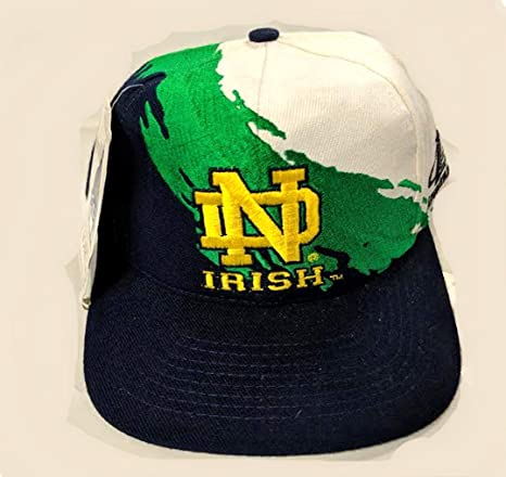 d10ba307e1140 Amazon.com : LOGO ATHLETICS Vintage Notre Dame Fighting Irish Snap ...