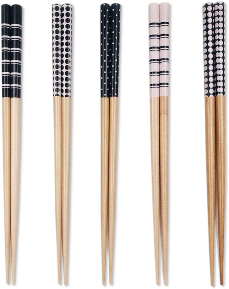 5 Pairs Premium Reusable Chopsticks Set - Lightweight Easy to Use Chop Sticks Utensils for Asian Food. Wooden Chinese Japanese Korean Chopsticks, Family Use Gift Set (Black 5 Pairs)