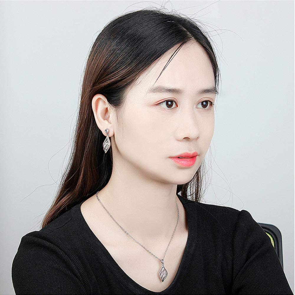 MYYQ Creative Hollow Leaf Necklace Earrings Set European and American Popular Alloy Gold-Plated Jewelry Jewelry