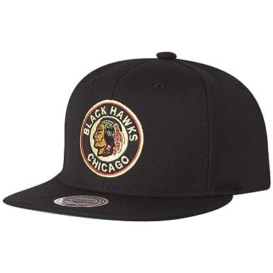 668c2164bd0 Mitchell   Ness Snapback Cap - NHL Chicago Blackhawks  Amazon.co.uk ...
