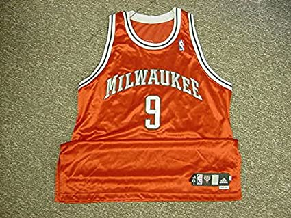 check out b1c65 006b5 Francisco Elson Milwaukee Bucks Jersey at Amazon's Sports ...