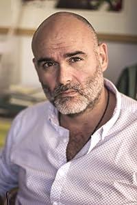 J.L. Domínguez
