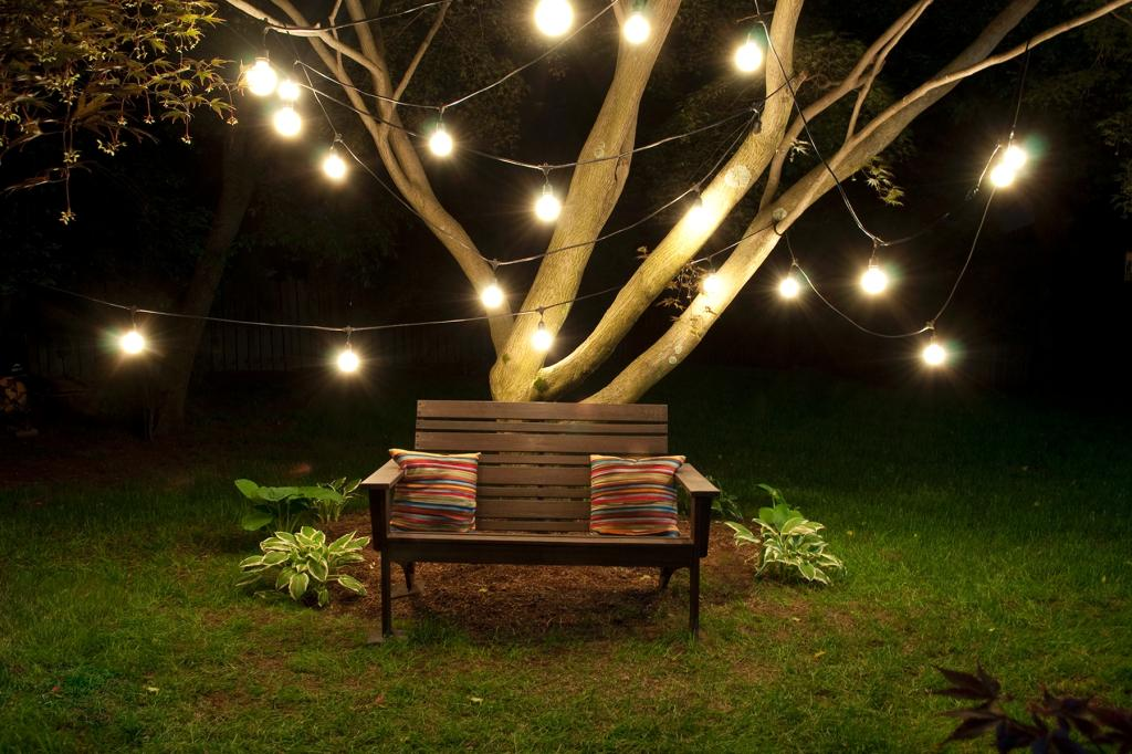 Bulbrite string15 e26 a19kt outdoor string light with for Garden lights