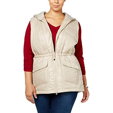 f71d2320179 Style   Co. Plus Size Hooded Puffer Vest (1X) at Amazon Women s ...