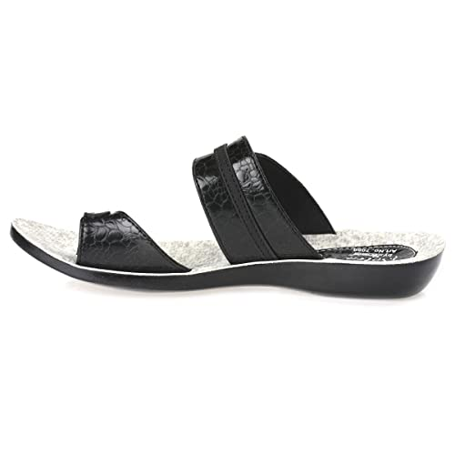 737c3402a PARAGON SOLEA Women s Black Flip-Flops  Buy Online at Low Prices in India -  Amazon.in