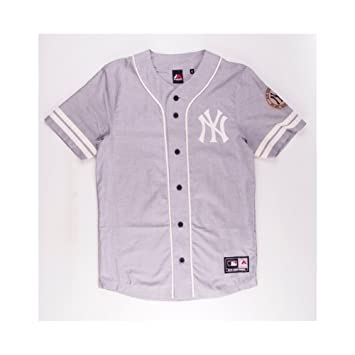Majestic MLB New York Yankees Cropped Shirt Baseball Jersey c0df7e0158c