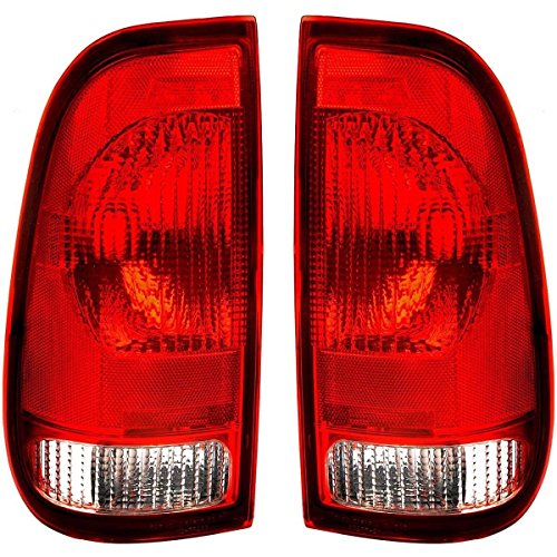 99 00 01 02 03 04 05 06 07 Ford F250 F350 F450 F550 Taillight Taillamp Pair Set Driver and Passenger (05 Tail 06 Light 04)