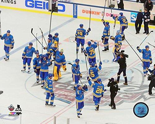 (St. Louis Blues 2017 NHL Winter Classic Celebration Photo (Size: 8