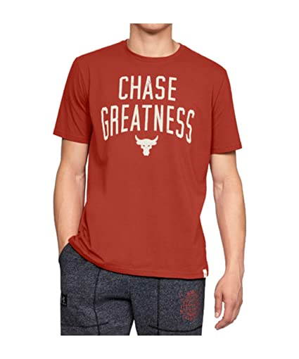 30b24050e98 Amazon.com   Under Armour UA x Project Rock Chase Greatness MD Radiant Red    Sports   Outdoors