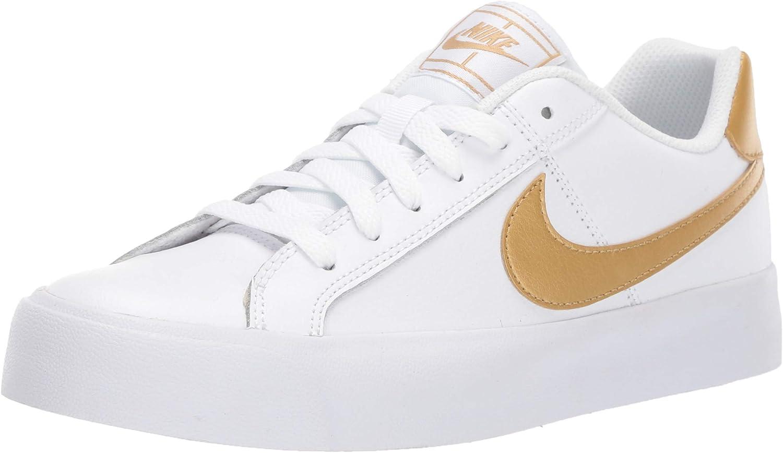nike court royale triple white