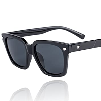 Karen Tina® New Style Carré Grand cadre lunettes de soleil UV nuances de  voyage Lunettes 8e0f031f4fe1