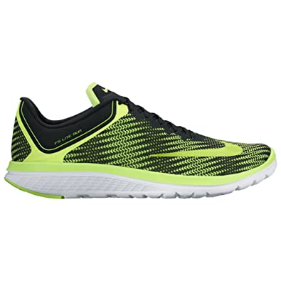 14fa54d66cc0 Nike FS Lite Run 4 Premium Volt Volt Black White Men s Running Shoes  Buy  Online at Low Prices in India - Amazon.in