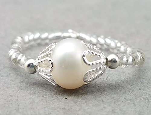 Grey and White Freshwater Pearl Stretch Ring