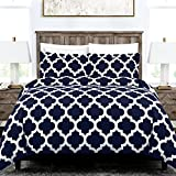 Italian Luxury Quatrefoil Duvet Cover Set - 3-Piece Ultra Soft Double Brushed Microfiber Printed Cover with Shams - Full/Queen - Navy/White