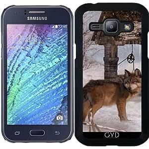 Funda para Samsung Galaxy J1 - Invierno Lobo 2 by Illu-Pic.-A.T.Art