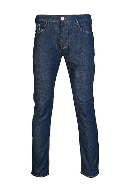 ad3d17630f57 ARMANI JEANS Men s C6J83 Slim Fit J06 Dark Wash Jeans W34 - L32 Dark Wash   Amazon.ca  Clothing   Accessories