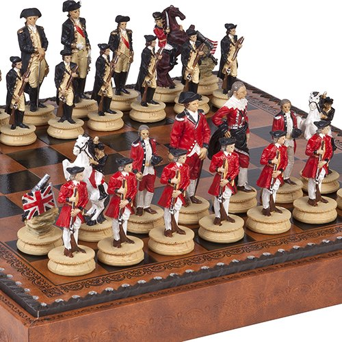 (American Revolutionary War of Independence Chessmen & Marcello Chess Board from Italy)