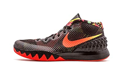 dafe9fad6421e Amazon.com: NIKE Kyrie 1 'Dream' - 705277-016: Shoes