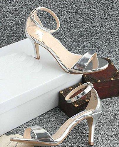 2015 Frühjahr und Sommer neue hochhackigen Sandalen hohlen spitzen Absätzen Tasche mit Schnallenschuhe in Europa und Amerika Silber