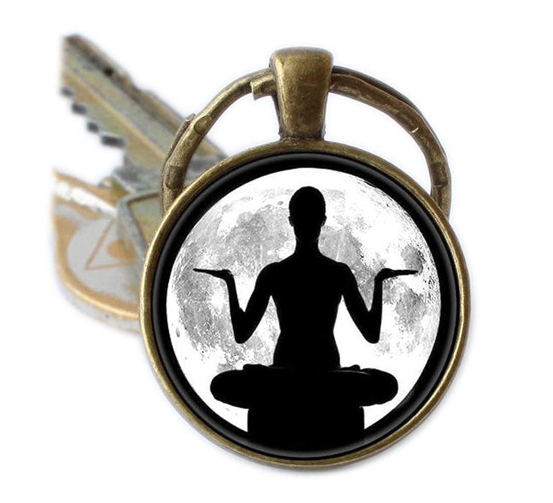 Yoga llavero llavero con diseño de luna llena de meditación ...