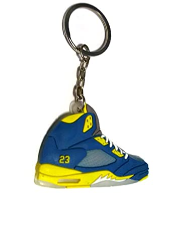 Amazon.com: Jordan V/5 AJ5 azul/amarillo UCLA Laney ...