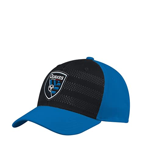buy popular 5d4b6 c3d70 adidas San Jose Earthquakes Hat Authentic Structured Flex Fitted Hat (S M)