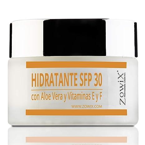 Hidratante de día con Aloe Vera y Antioxidantes SPF 30.