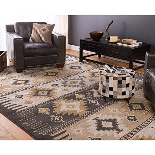 Meticulously Woven Black/Grey Southwestern Aztec Nomad Area Rug (53 x 76)