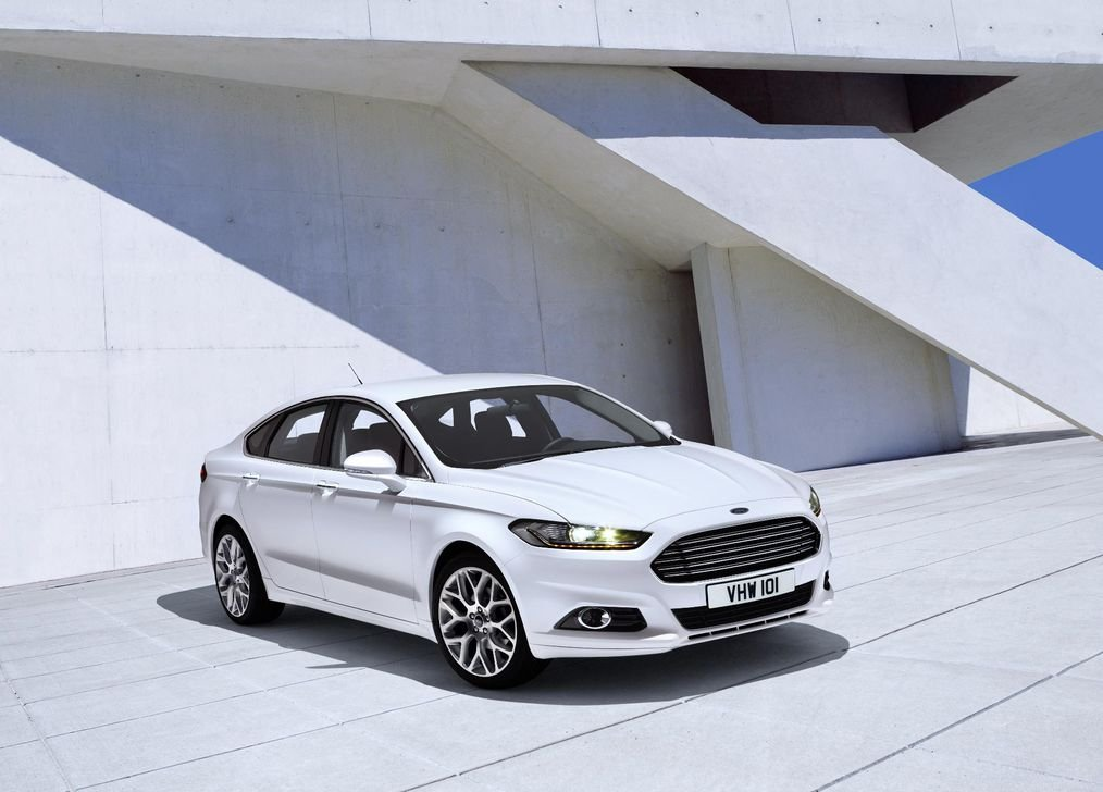 Ford Mondeo Customized 33x24 inch Silk Print Poster Seda ...