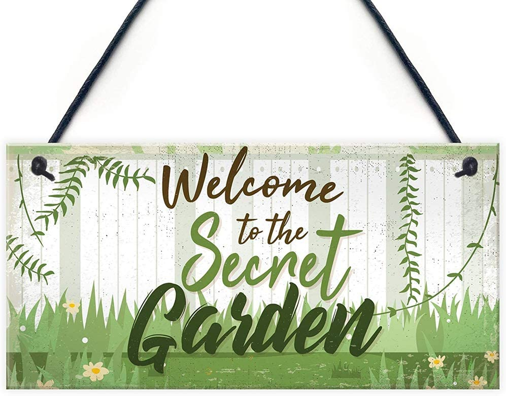 na Welcome to The Secret Garden Hanging Plaque Garden Shed Summer House Sign Gifts for Her 10x5 inch